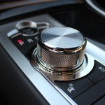 "8-speed ""Quickshift"" transmission with Jaguar Sequential Shift™"